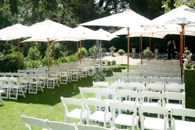 Market Umbrella Rentals Offer Shade For Your Wedding Ceremony